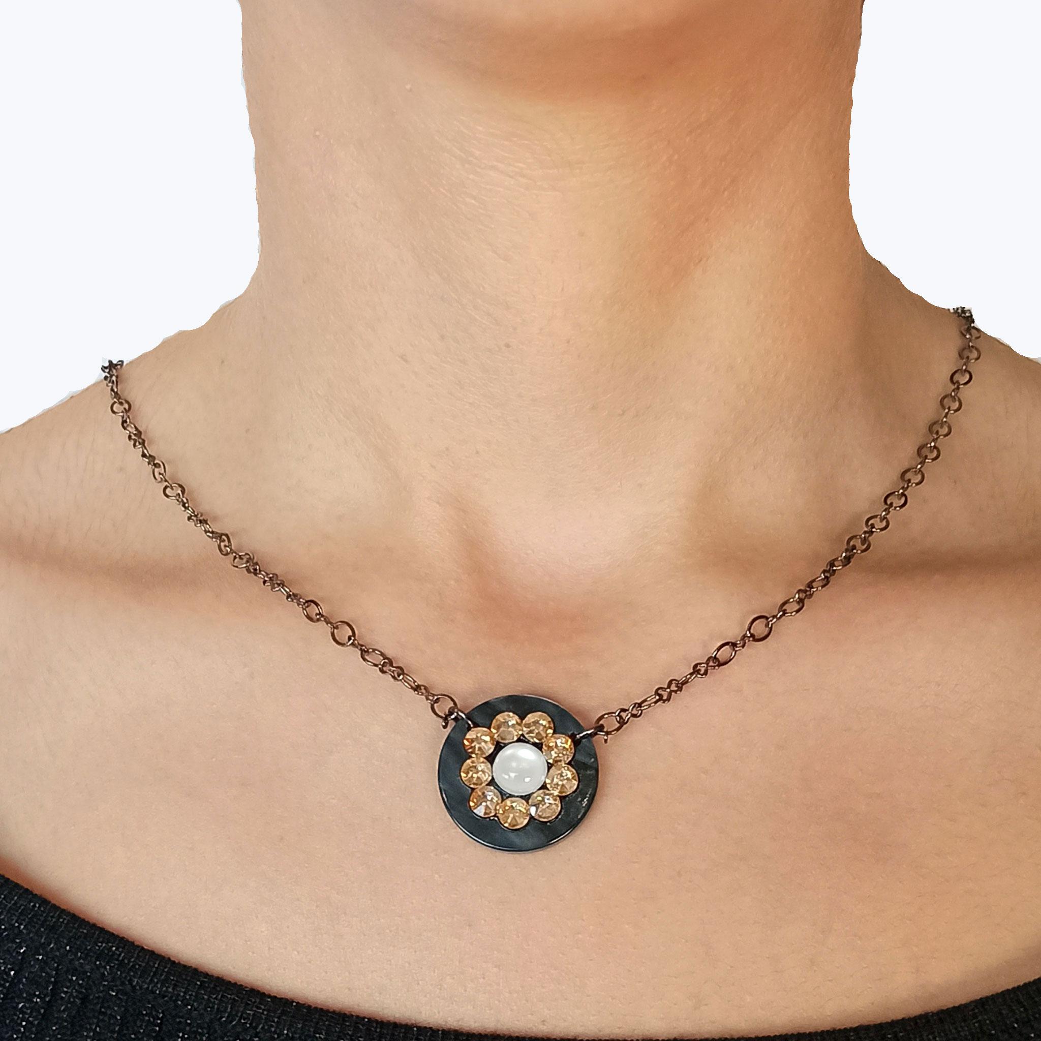 Κολιέ Πλέξι Μαύρο Ακρυλικό με Πέτρες Swarovski1